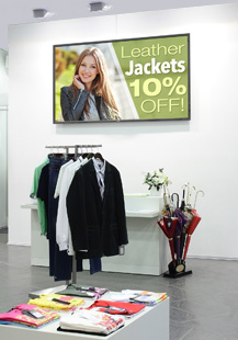 OPS-APIC being used on a NEC E705 in a retail store